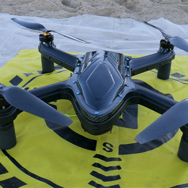 Cuta Copter TRIDENT 5000 landed on an OANNES Landing Mate